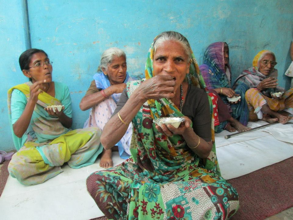 Raghu Makwana - Victim of Polio who provides food for free of cost to the poor daily