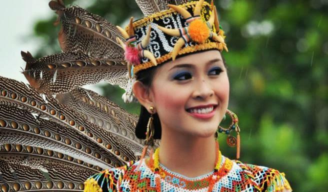 BARRY KUSUMA Festival Erau indonesian
