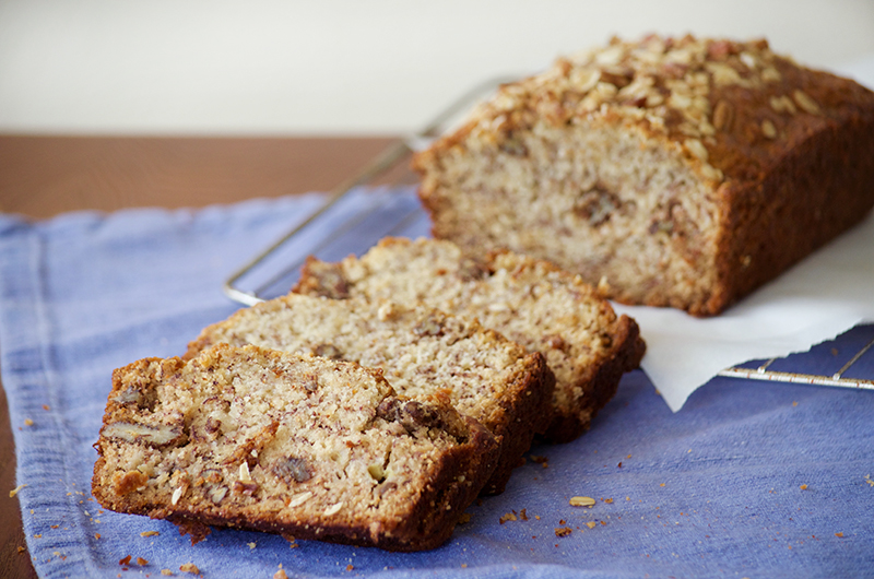 Banana Walnut Bread with Oat Streusel - Obsessive Cooking ...