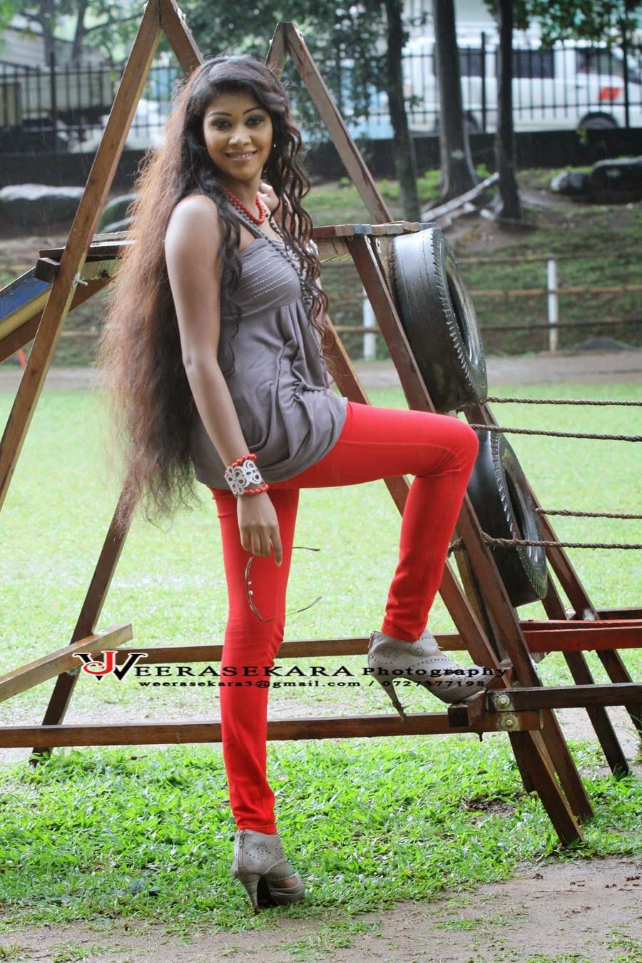 Samadhi Chinthana tight leggings