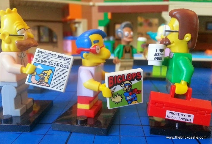 LEGO Grampa Simpson Millhouse Ned minifigures with newspaper and accessories