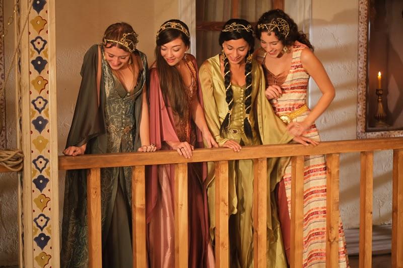Harim-Sultan-robes-chics.jpg