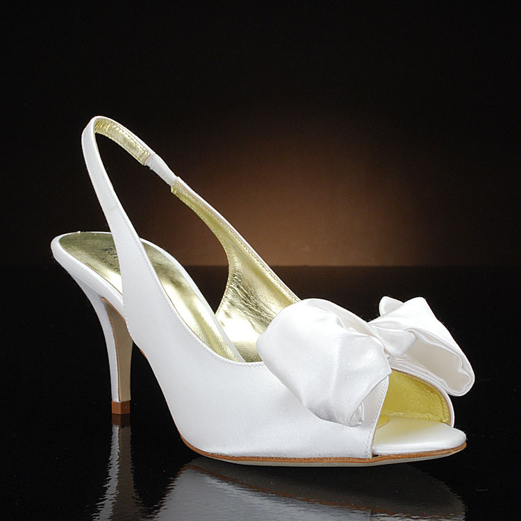 Kate spade signature 3 wedding shoes online bridal ideas kate spade signature 3 wedding shoes online junglespirit Images
