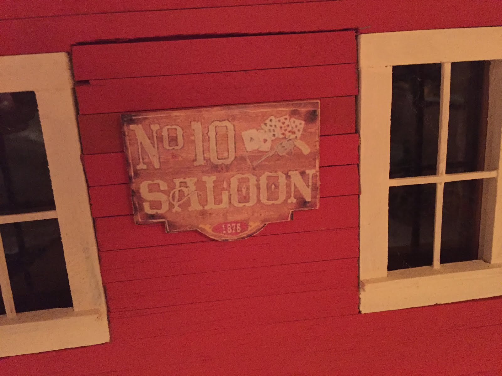 No. 10 Saloon ~