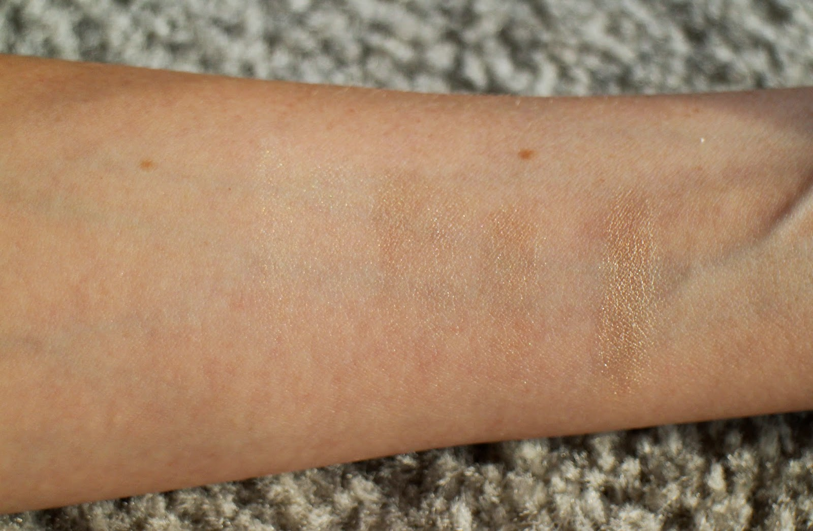 Bobbi Brown Shimmer Brick Swatch