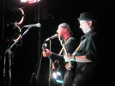 Mark Eddie, Dueling Guitars, Carlo Volhl, Pittsburgh, Governor Tom Corbett