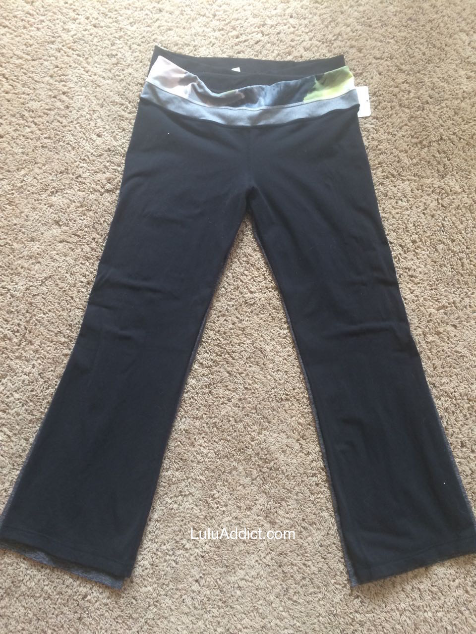 lululemon-heathered-black-grooves