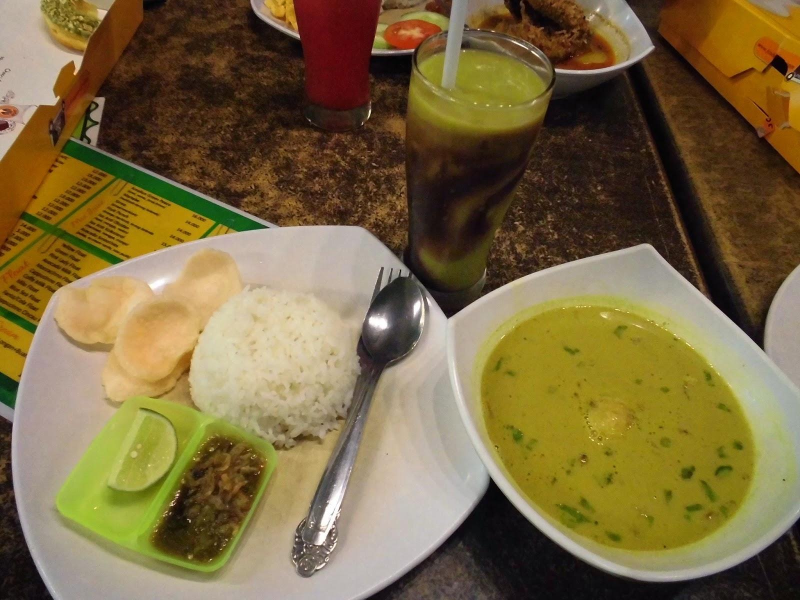 Nongkrong Asyik Bareng Blog M di Amaliun FoodCourt Medan