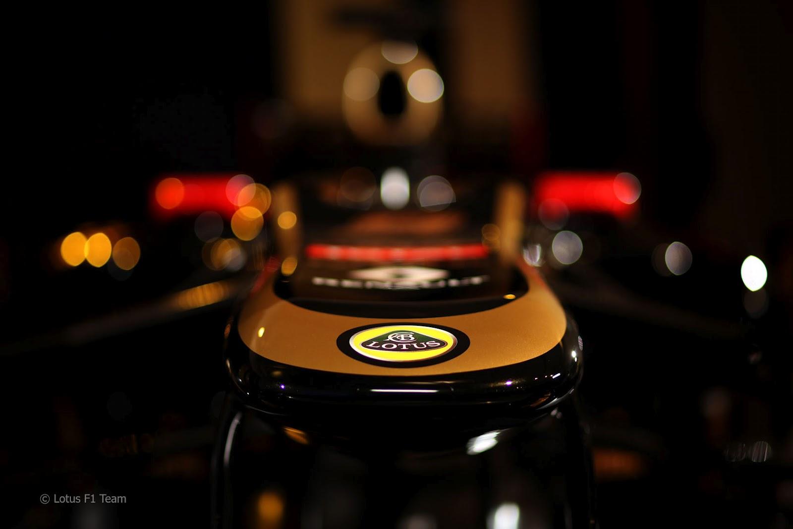 http://1.bp.blogspot.com/-W58pR6cgkmQ/TzyEJSlnHhI/AAAAAAAABNU/4X-W3TwdSr8/s1600/Lotus+E20+2012+%25286%2529.jpg