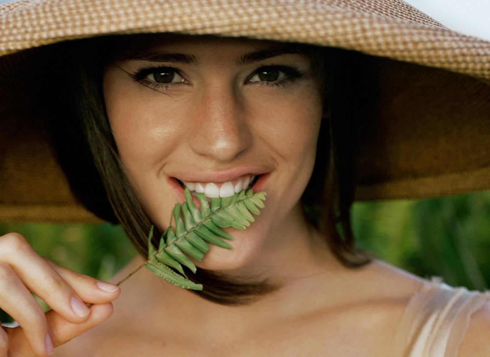 http://1.bp.blogspot.com/-W5e0I9xgr_E/TyupPOKVwJI/AAAAAAAABiQ/hPZ0P7IOGYE/s1600/Jennifer+Garner-0387.jpg