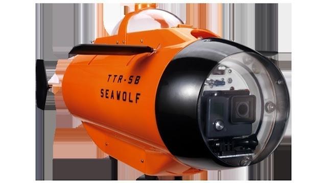 TTRobotix Seawolf: submarine for GoPro cameras