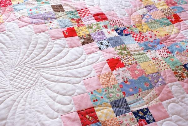 MessyJesse - a quilt blog by Jessie Fincham: The FINISHED Scrappy ... : triple irish chain quilt pattern - Adamdwight.com