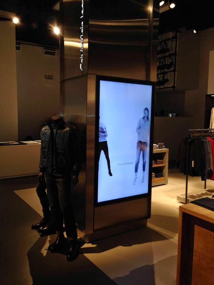 Digital Signage Calvin Klein