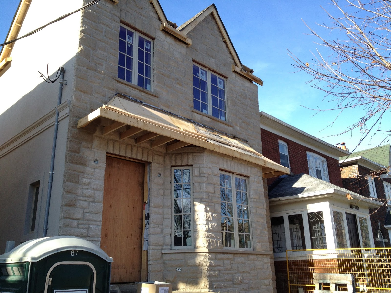 Residential Building Consultant : Electrical contractor toronto residential construction