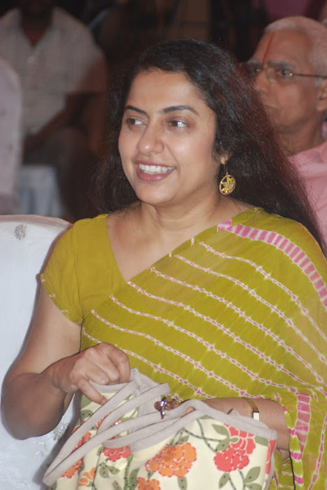 suhasini maniratnam @ a saint in the boardroom book launch actress pics
