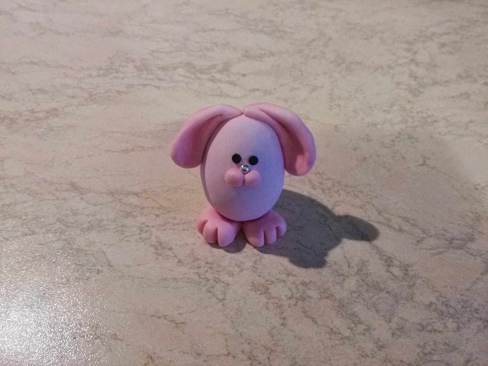Decimo uovo: coniglietto rosa