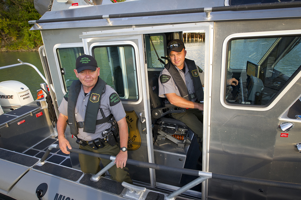 conservation officers What are the pros and cons of a conservation officer career get real job descriptions, career prospects and salary info to see if becoming a.