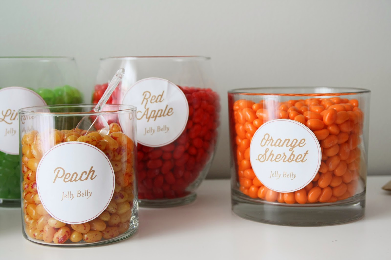 DIY candy bar 101 with draft beer jelly belly jelly beans ...