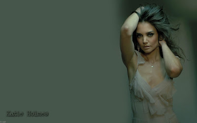 Height Katie Holmes on Biography   Discography   Pics   News    Katie Holmes