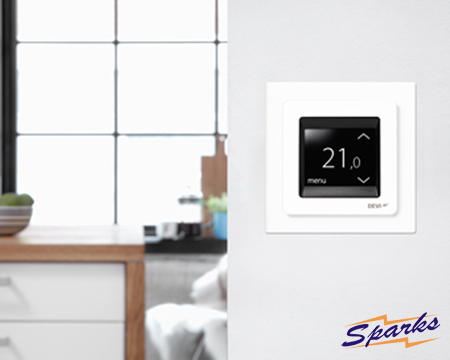 DEVIreg Touch Thermostat in the Kitchen