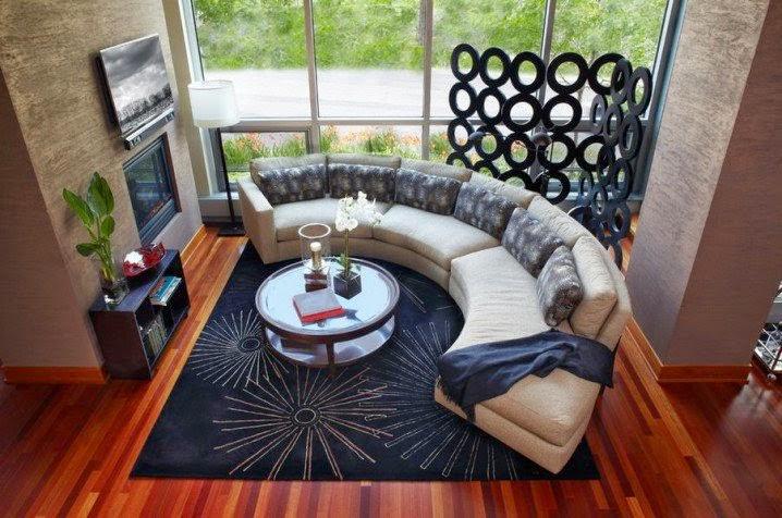 Sofa lengkung warna krem