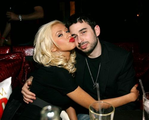 Christina Aguilera begs her ex for help