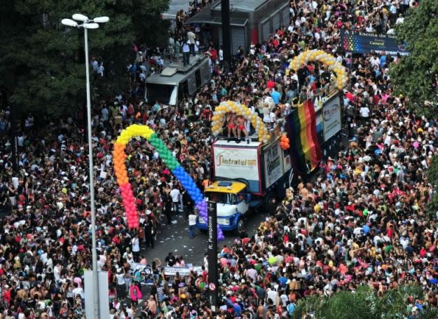 Manifestação teve 18 trios no ano passado (Foto: Divulgação)