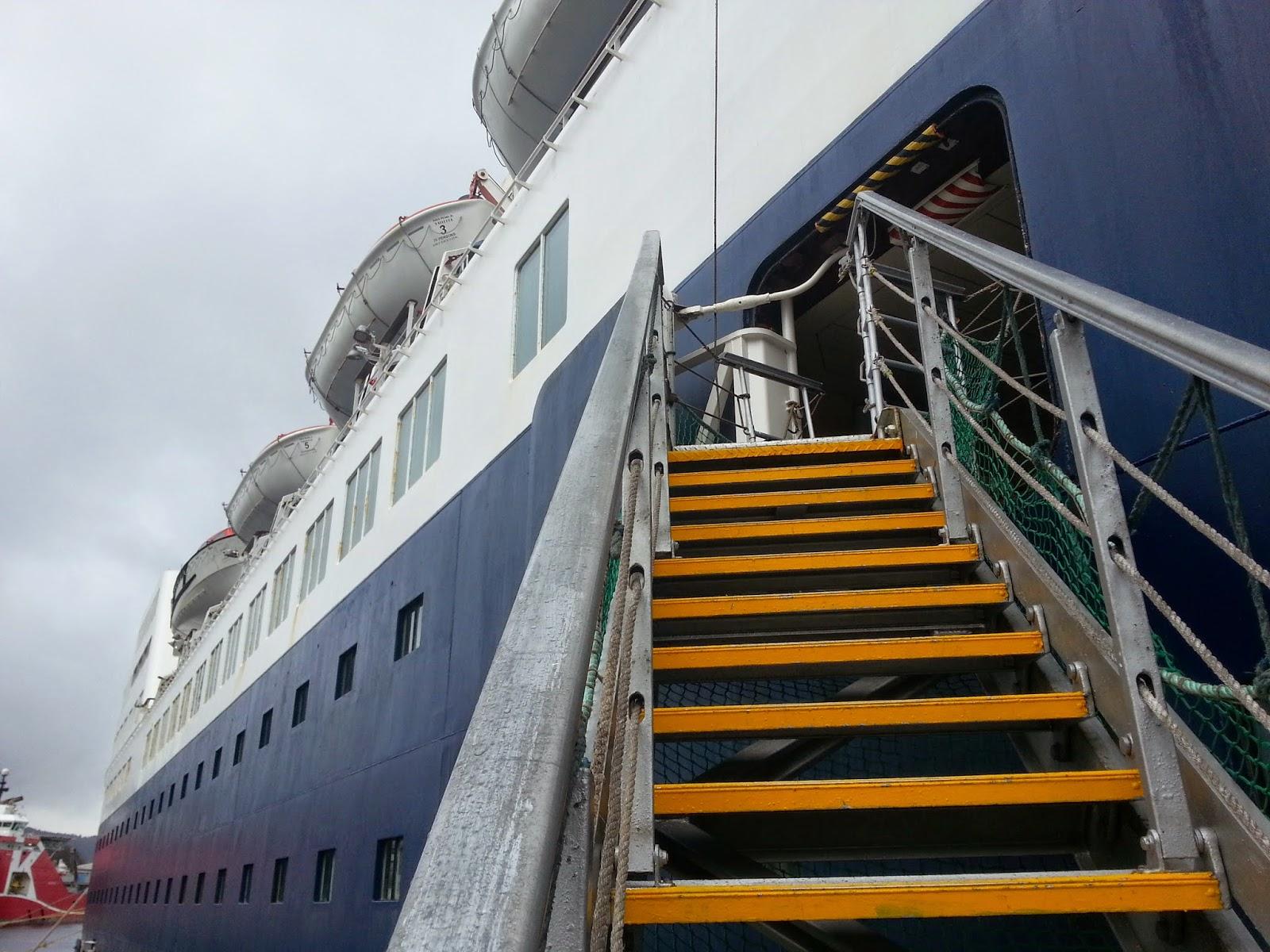 Cruise Ship Saga Pearl II Gangway