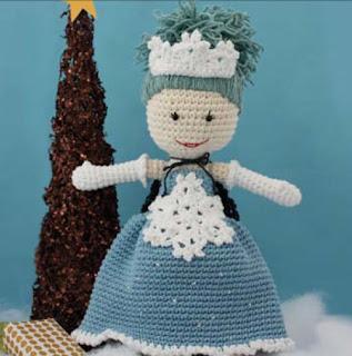 Free Amigurumi Princess Pattern : 2000 Free Amigurumi Patterns: Winter Princess Lily Doll