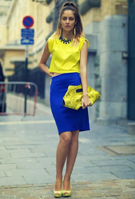 look amarelo com azul