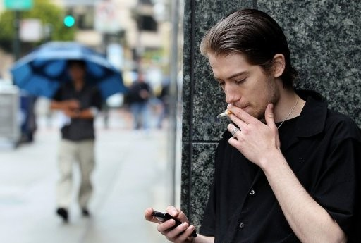 smoking habit among teens Or adults must include a focus on reducing experimentation and regular tobacco use among teenagers  about three out of four teen smokers end up smoking into adulthood, even if they intend to quit after a few years15 the path to tobacco addiction starts at very young ages.