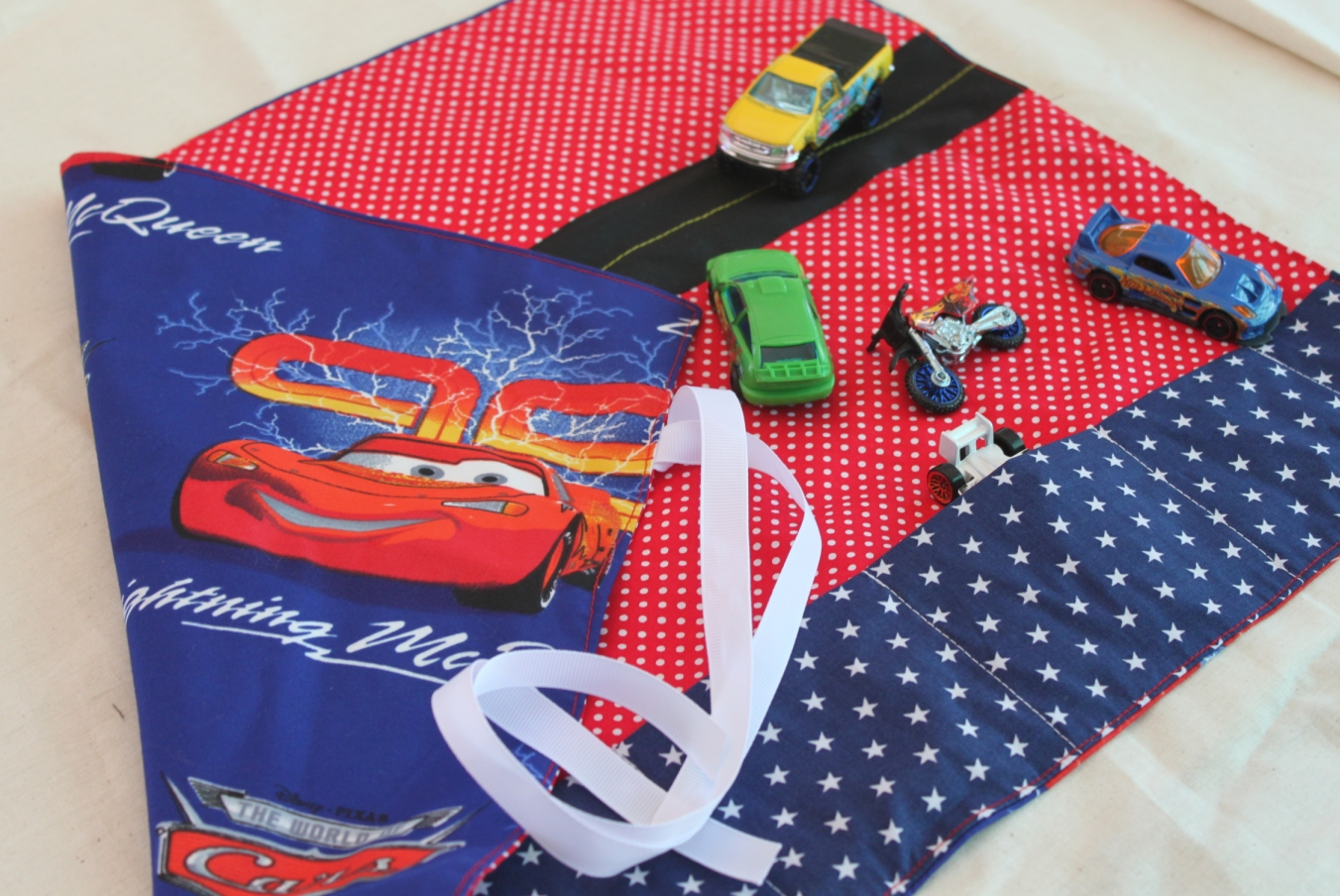 Fabric Roads For Toy Cars : Gifts for boys toy car mat sew delicious