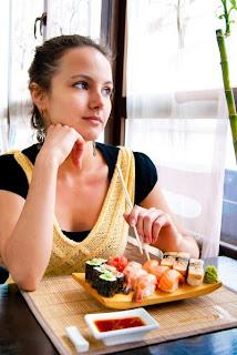 makan sendirian
