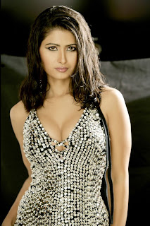 Divya Dwivedi Hot Nipple Suck