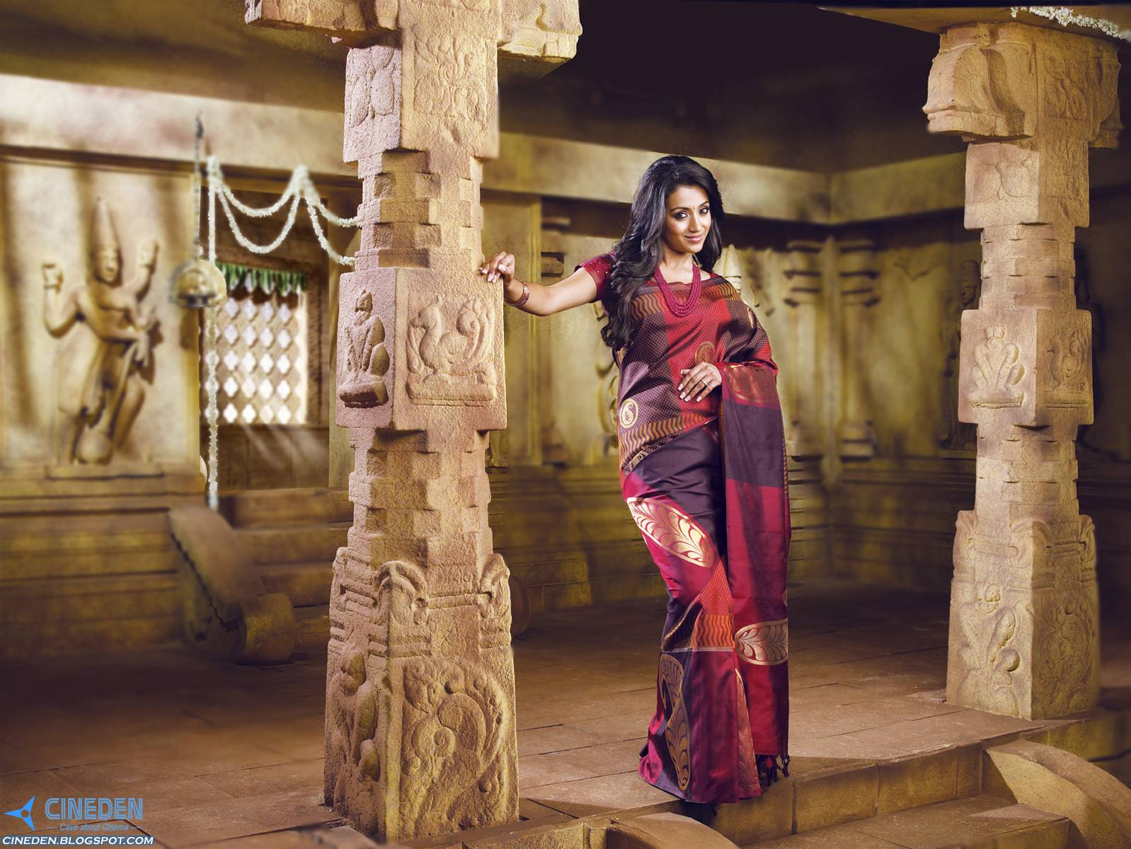 Trisha Krishnan hot Stills in Silk Saree from Pothys Advertisement