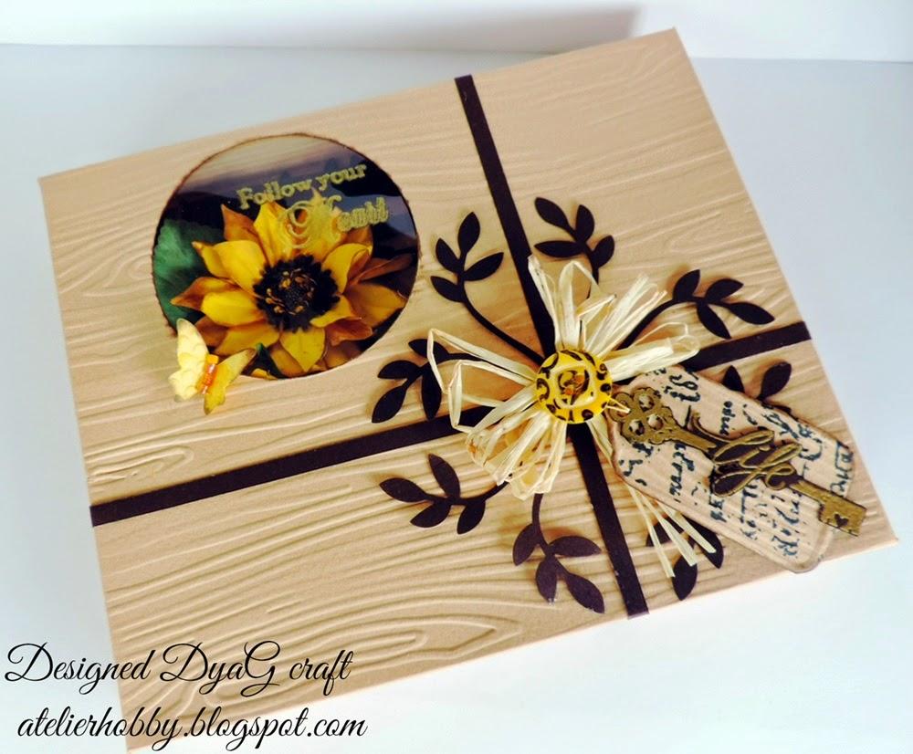 cutie handmade embosata si decorata