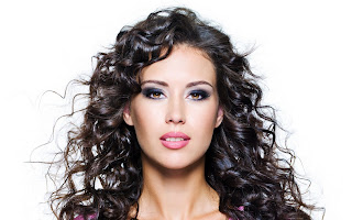 Beautiful Girl Curly Hair HD Wallpaper