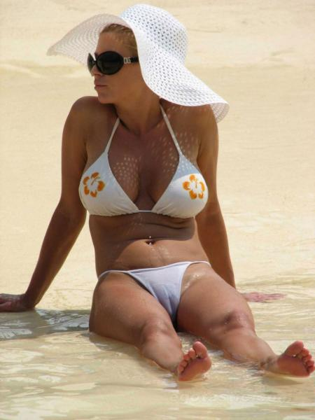 Jessica Simpson White Bikini Cameltoe