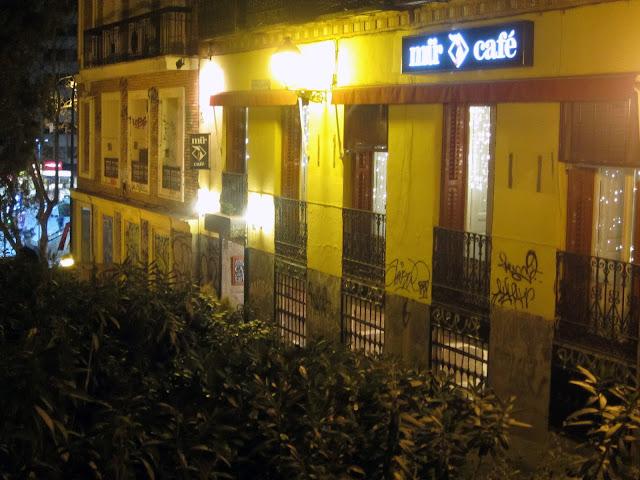 Fachada exterior, Mur Café.