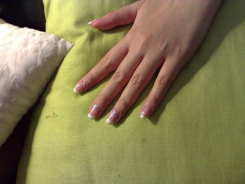 ACRYLIC NAILS: Tips to Prevent Yellow Nails And Have Clearer Nails ...