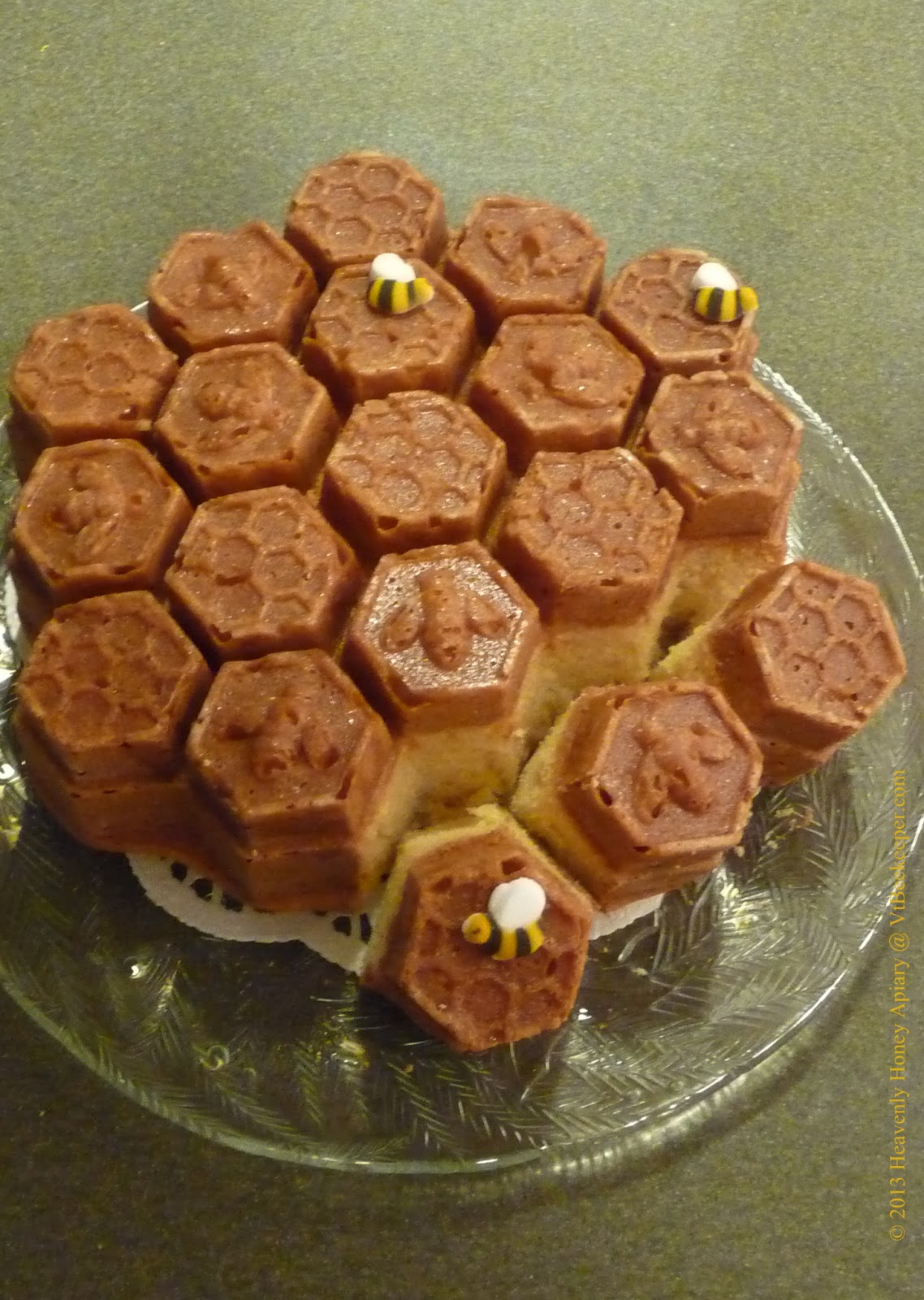 Chronicles Of A Beekeeper Wife Honeycomb Pull Apart Cake