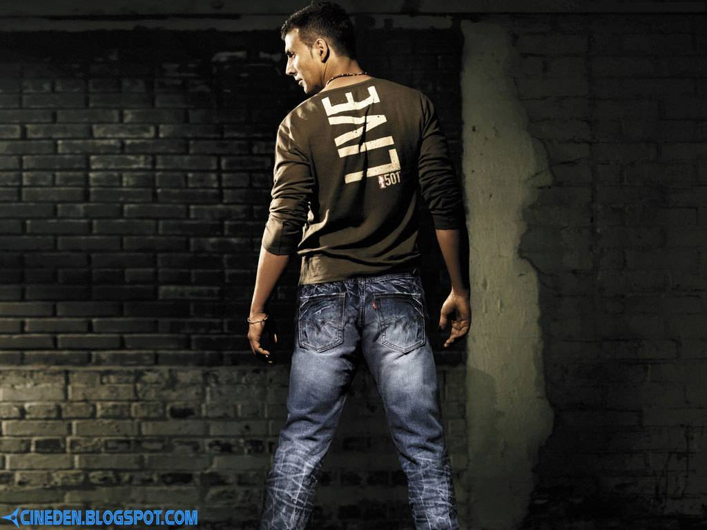 Not Shy to be Called Old: Akshay Kumar