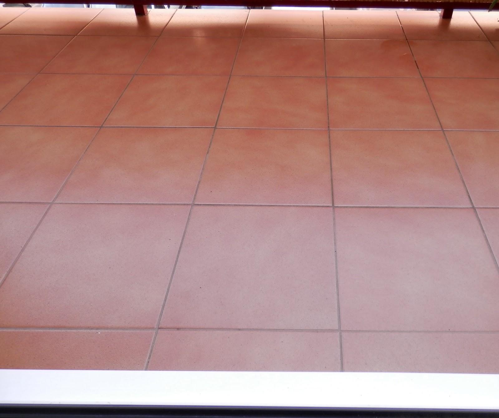 Trabajos y ocio cer mica para exteriores for Ceramica pared exterior