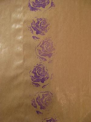 Postales con rosas para San Valentín en Recicla Inventa