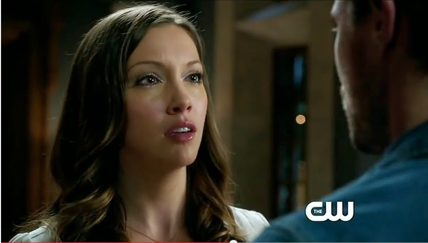 Arrow Damaged screencaps Laurel Lance tears glassy eyes Katie Cassidy Ollie photos