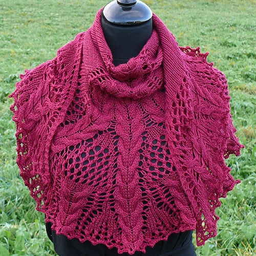 Croeso, Lace & Cable Shawlette