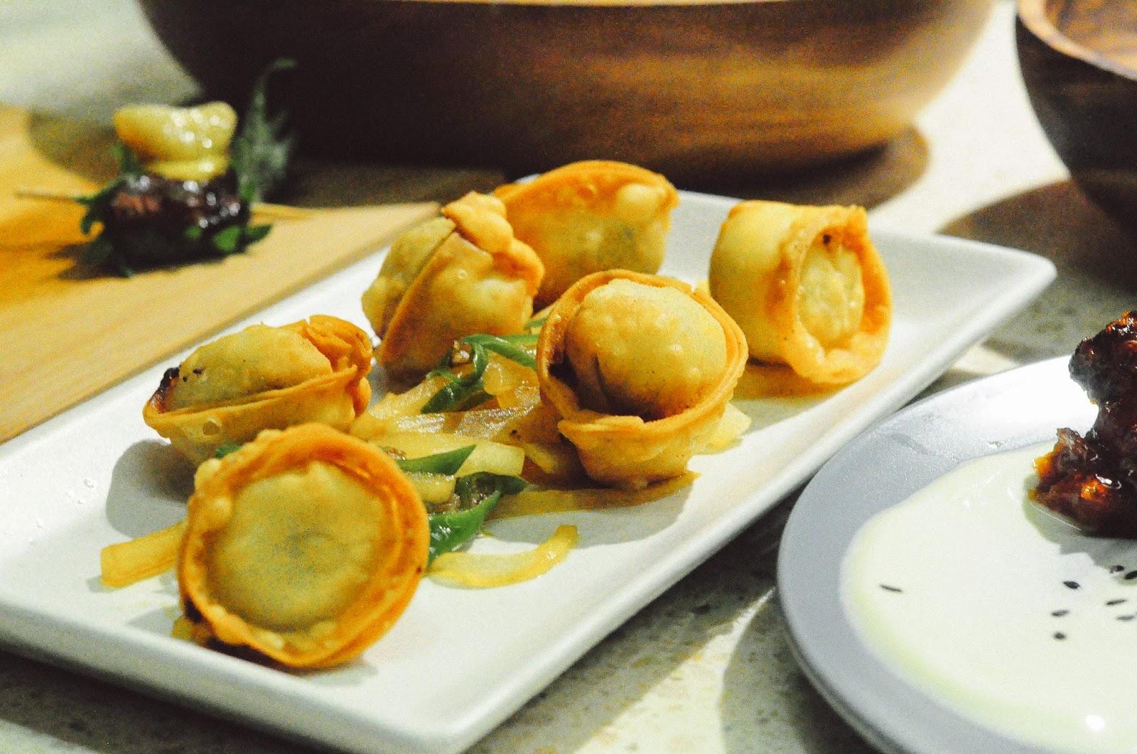 Crispy minced pork & mushroom dumpling, salsa