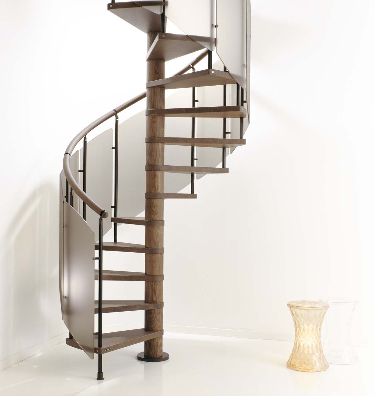 Beautiful staircase design gallery 10 photos modern for Spiral stair design