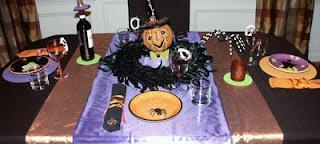 Кошмарная сервировка для Хэллоуина (вариант оформления праздничного стола)