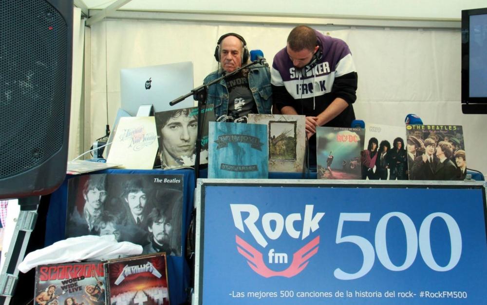 El Pirata pinchando las 500 mejores canciones del rock